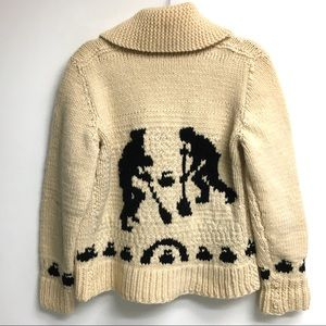HAND KNIT Wool Cardigan Sweater Curlers Curling L